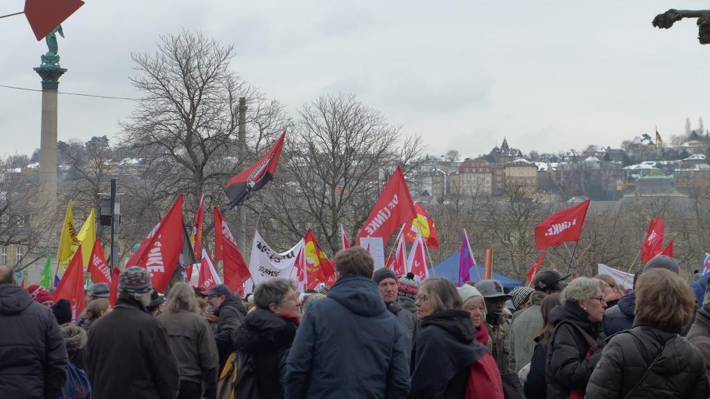 """Bündnis """"Halt. zusammen. Baden-Württemberg gegen Rassismus und Gewalt"""" Stuttgart Schlossplatz"""